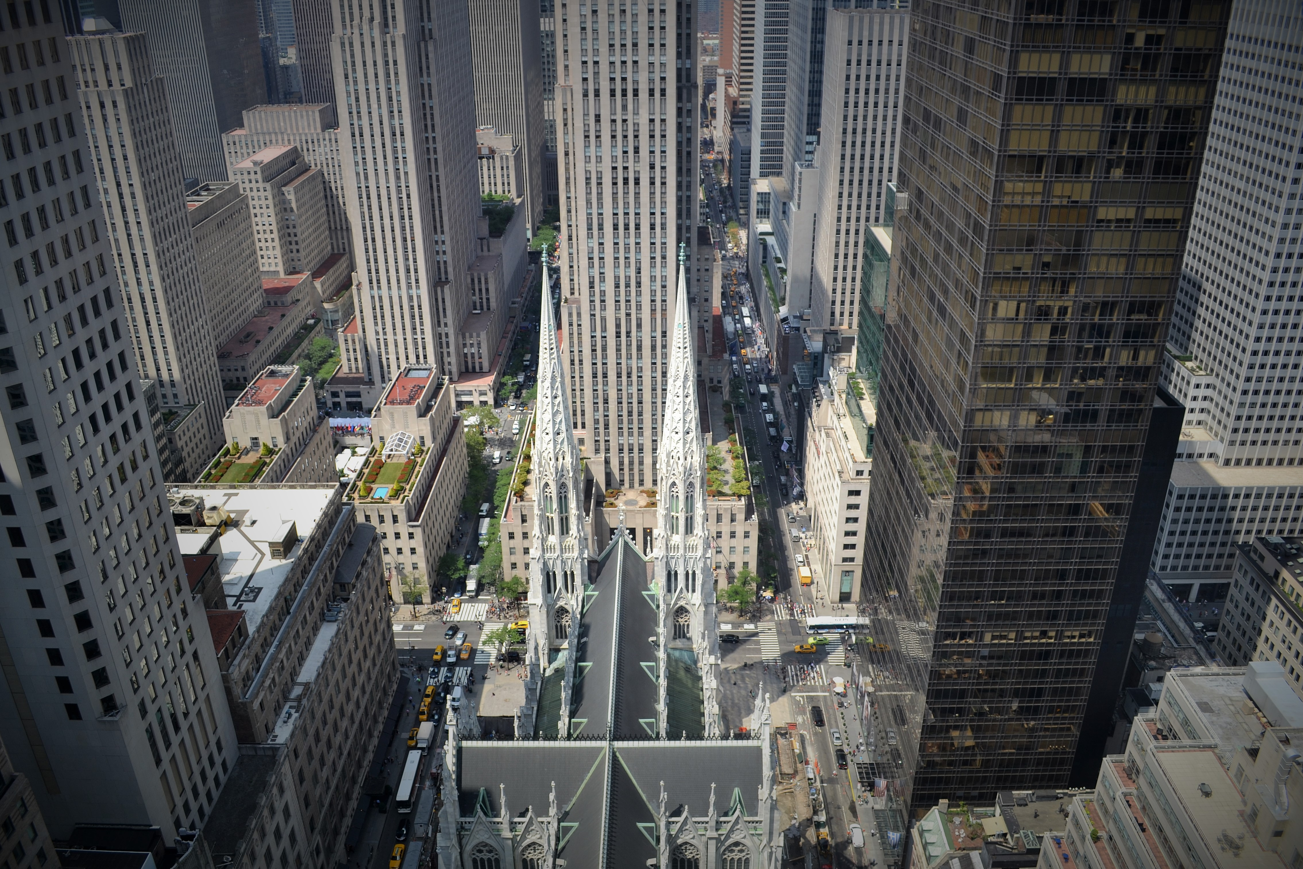 Suite Discoveries: A Luxurious Vantage Point High Above the City | Midtown Manhattan Hotels ...