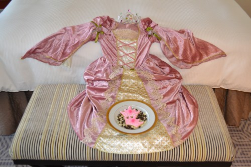 Lotte New York Palace Princess Package - Dress and Cooking Plate